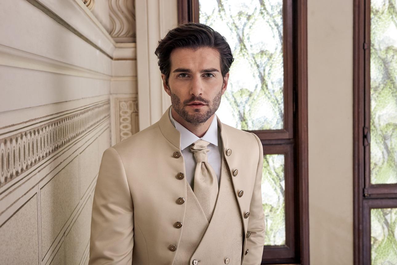 Vestito Matrimonio Uomo Azzurro : L abito da sposo consigli utili sul vestito da uomo per il